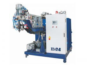 Máquina de fundición de elastómero para ruedas de poliuretano.